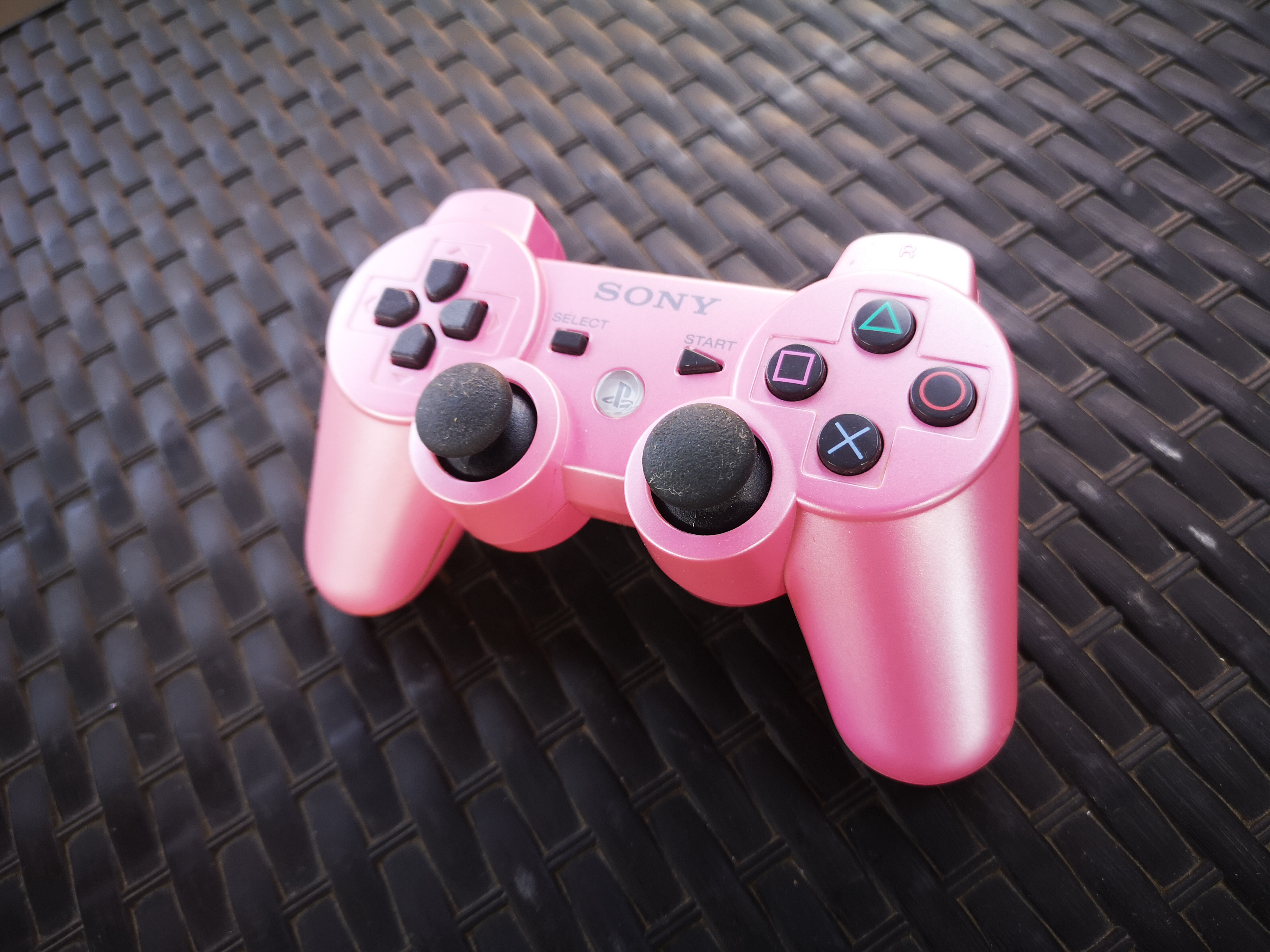 Sony Dualshock 3 Pink edition